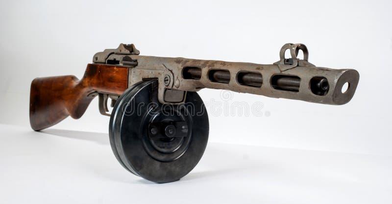 Machinepistool ppsh-41 op een lichte achtergrond stock afbeelding