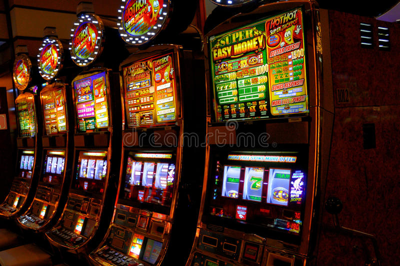 Machines à sous photographie stock libre de droits