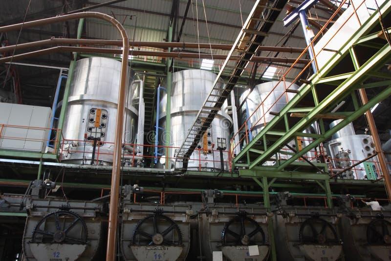 Machines d'usine de sucre image stock