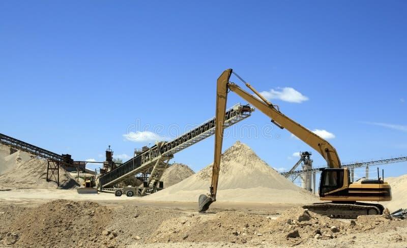 Machines de mine de gravier images stock