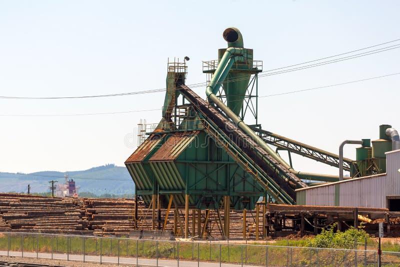 Machines de sciure de moulin de bois de charpente photos libres de droits