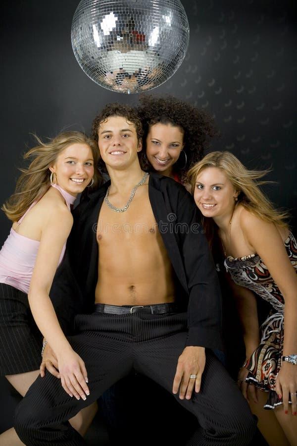 Macho met drie womans royalty-vrije stock afbeeldingen
