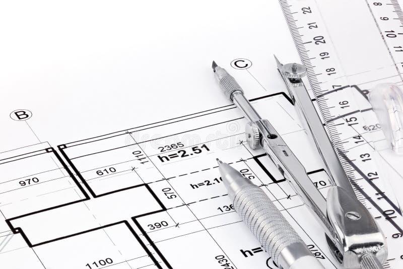 Download Machthaber, Stift Und Zeichenzirkel Auf Architekturzeichnung Des  Hauses Stockfoto   Bild Von Plan,