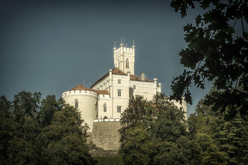 Machtig kasteel stock afbeelding