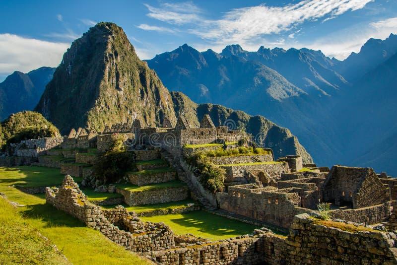 Machu famoso Picchu arruina, perto de Cuzco, o Peru fotografia de stock royalty free