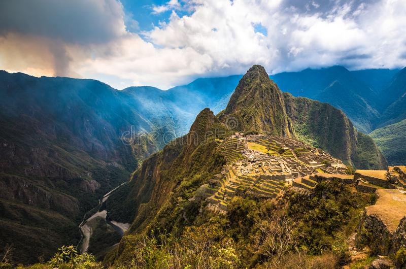 Machu Picchu, место всемирного наследия ЮНЕСКО стоковое фото rf