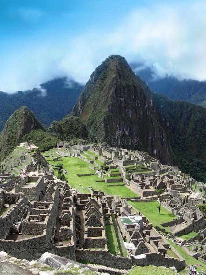 Machu Picchu - case & terrazzi della muratura di pietra. Il Perù immagini stock libere da diritti