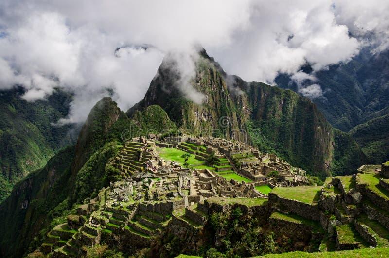 Machu Picchu Città persa di Inkas in montagne del Perù fotografia stock