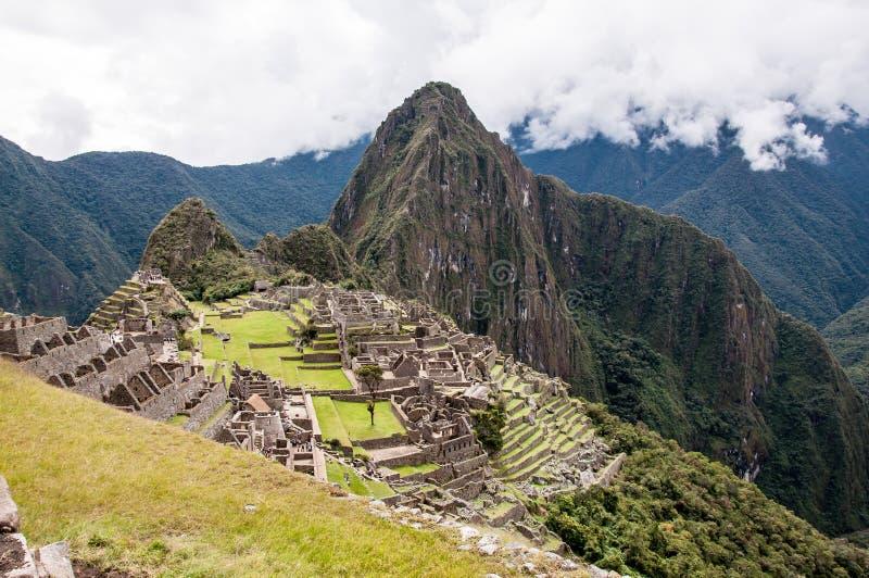 Machu Picchu gammal Incastad royaltyfria bilder