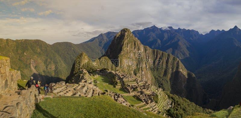 Machu Picchu i Peru - borttappad stad av incaen royaltyfria foton