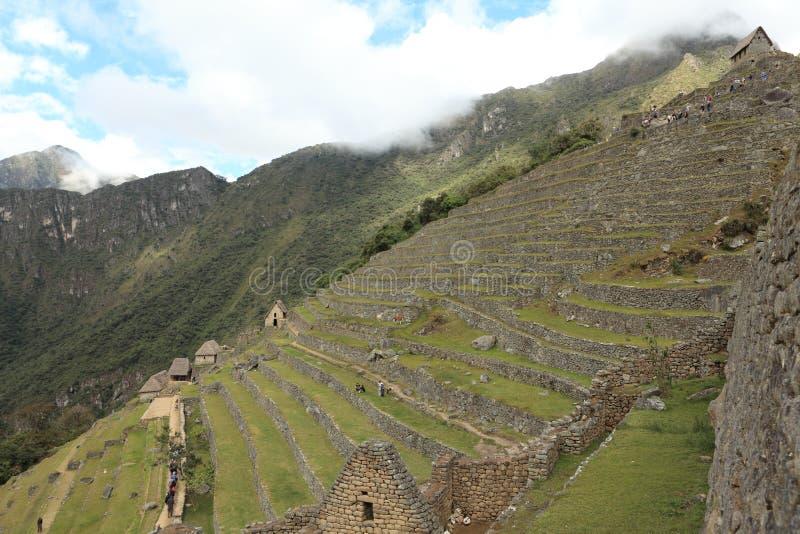 Machu Picchu Inca City escondido nas nuvens imagem de stock
