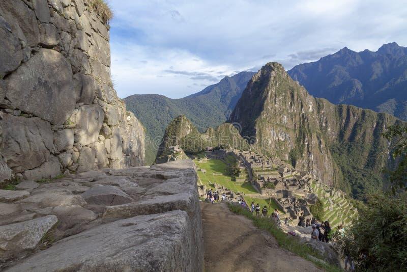 Machu Picchu, Peru - ru?nas da cidade de Inca Empire e da montanha de Huaynapicchu, vale sagrado imagem de stock royalty free