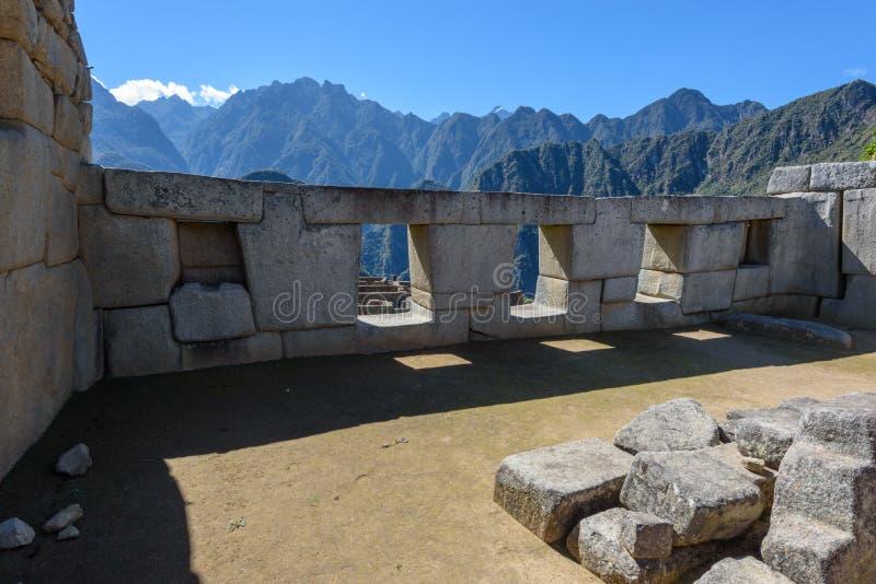 Machu Picchu - templo dos três Windows fotos de stock