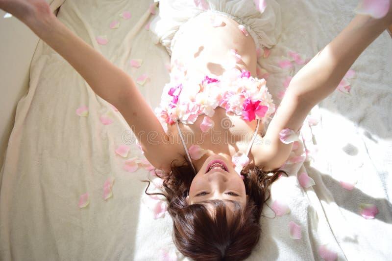 Macierzyńska fotografia kobiety które są ciężarne obraz royalty free