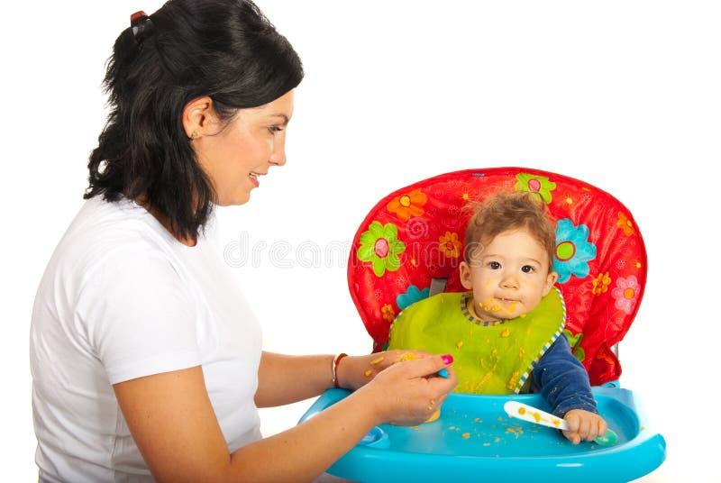 Macierzysty żywieniowy dziecko obraz royalty free