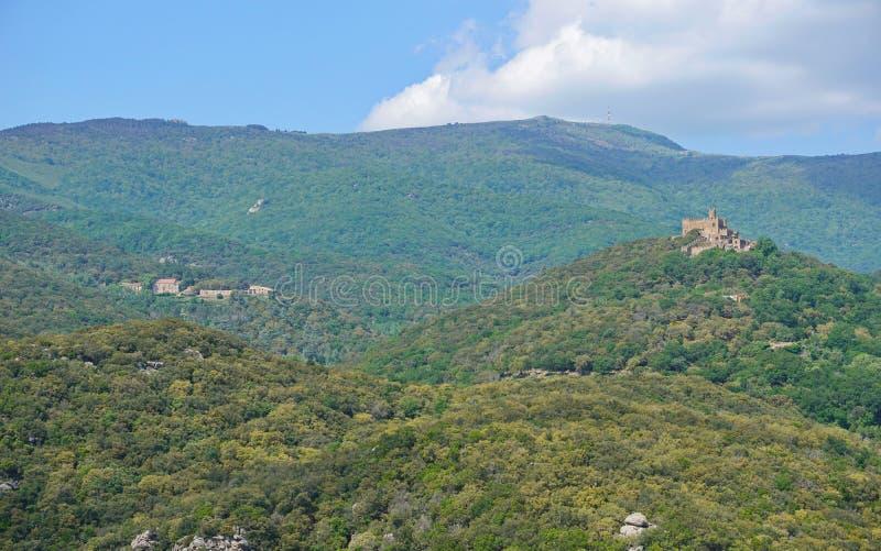 Macizo Cataluña España de Requesens Albera del castillo fotografía de archivo libre de regalías