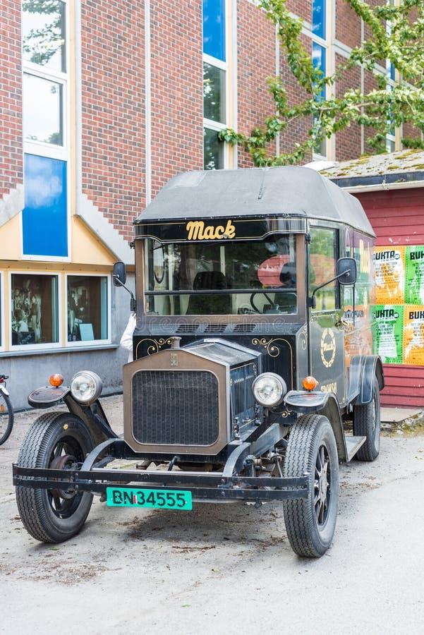 Mack Brewery em Tromso, Noruega imagens de stock