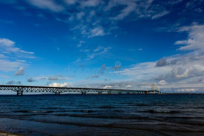Mackinacbrug in Hoger Schiereiland van Michigan stock afbeeldingen