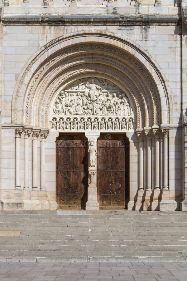 Macon, Francja - St Peters kościół fotografia royalty free