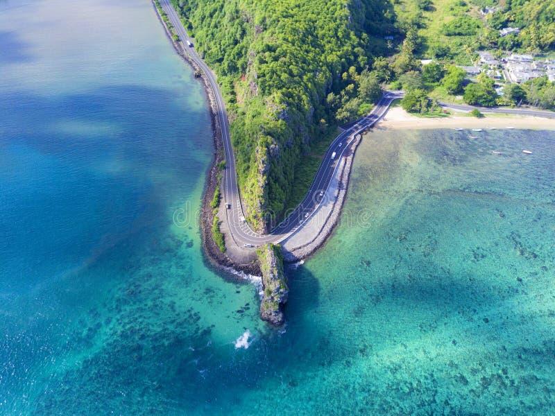 Maconde惊人的鸟瞰图在毛里求斯的海岛上晃动 免版税库存照片