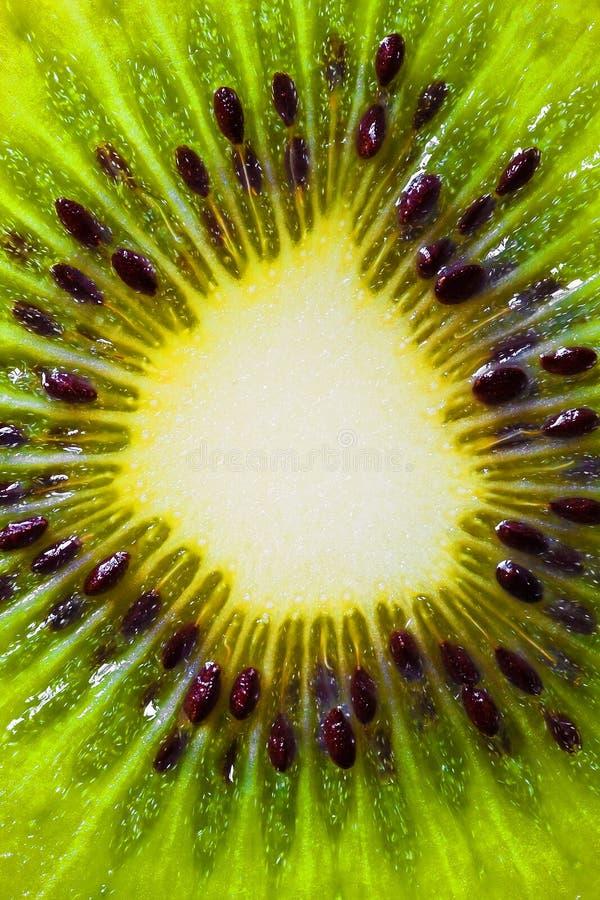 Macro beeld van een kiwi stock foto's