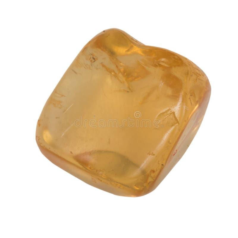 Macro citrino pequeno do seixo isolado foto de stock royalty free