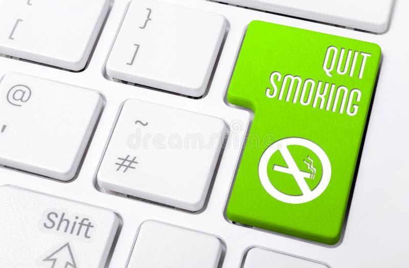 Macro de um teclado com botão verde o fumo e o A parados que fumam o ícone não permitido imagens de stock