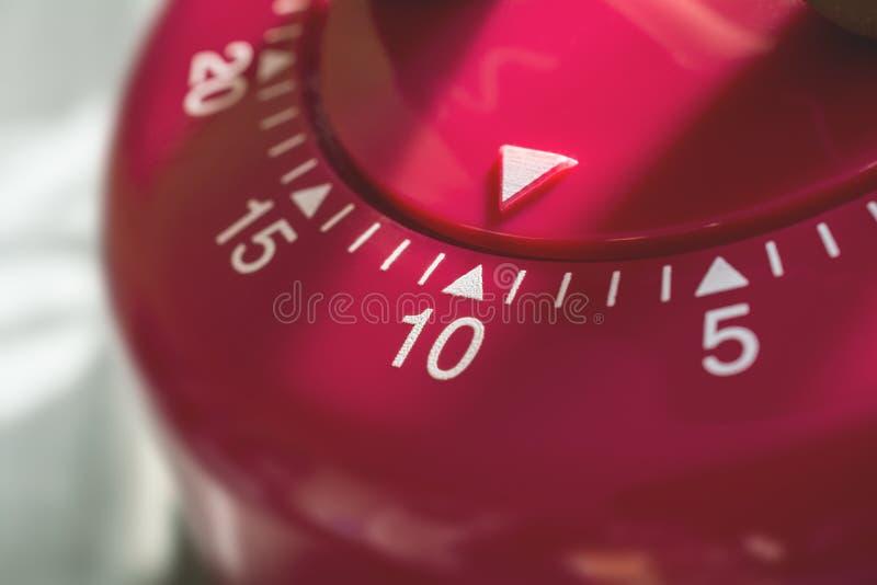 Macro de um temporizador do ovo da cozinha - 10 minutos fotografia de stock