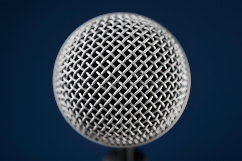 Macro del micrófono imagen de archivo