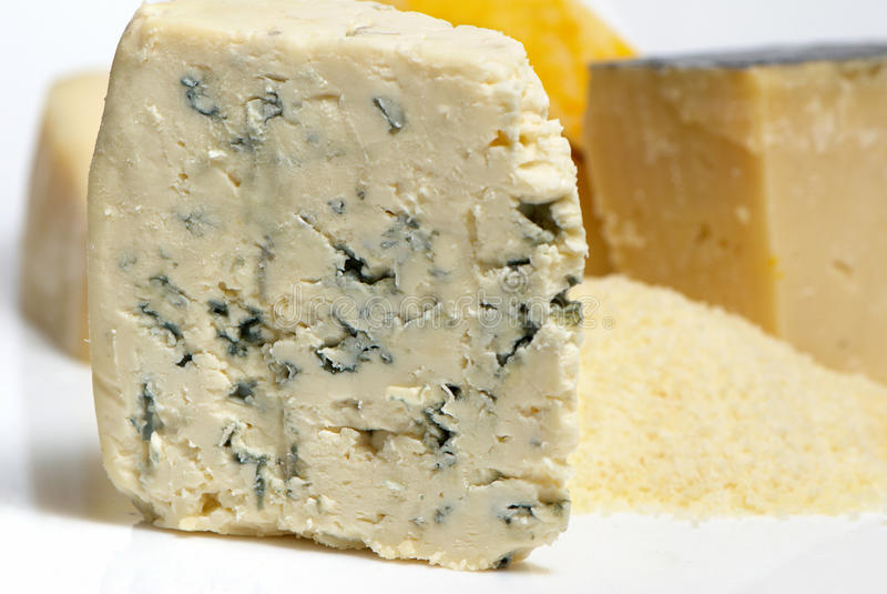 Macro del Roquefort del queso imagenes de archivo