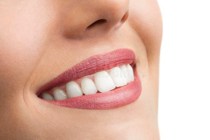 Macro dichte omhooggaand van perfecte tanden. royalty-vrije stock fotografie