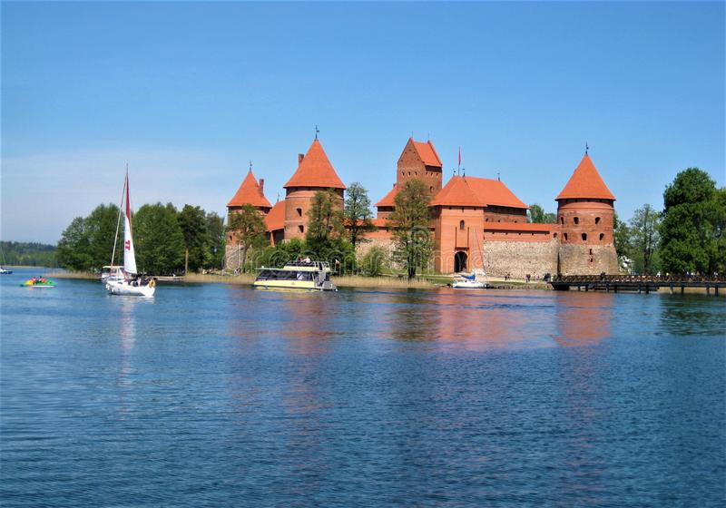 Macro foto con un fondo decorativo del paesaggio di un punto di riferimento storico in Trakai in Lituania fotografie stock libere da diritti