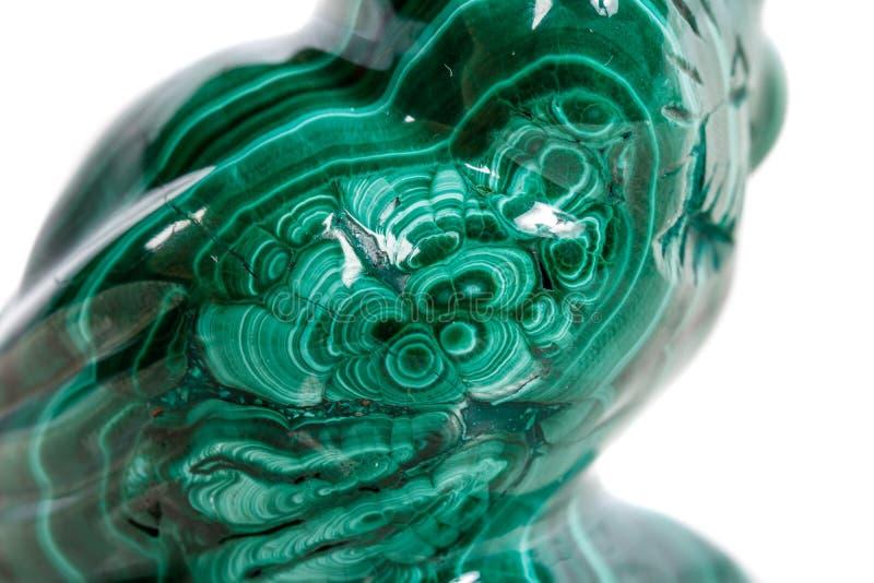 Macro gufo di pietra minerale da malachite fotografia stock libera da diritti