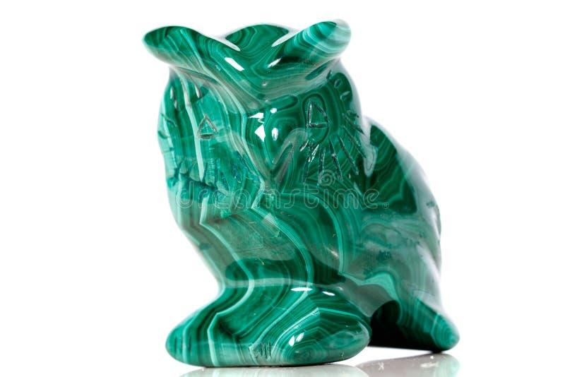 Macro hibou en pierre minéral de malachite photographie stock