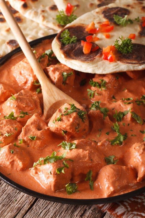 Macro indien de masala de tikka de poulet de nourriture d'un plat vertical image stock