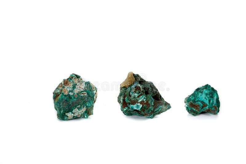 Macro malachite en pierre minérale sur le fond blanc photographie stock libre de droits