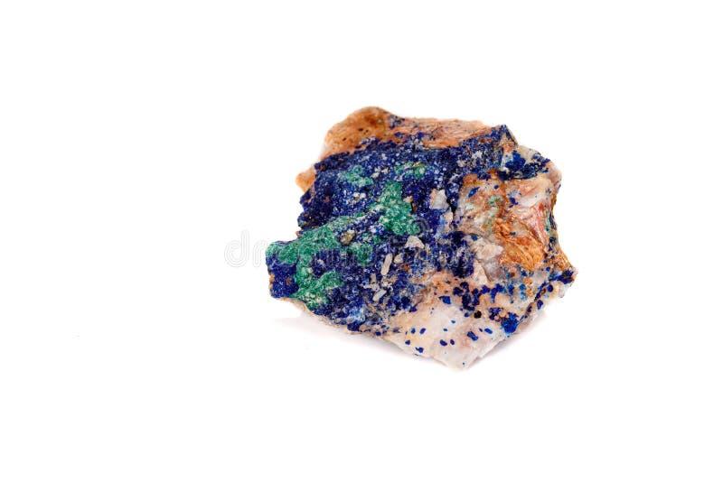 Macro malachite et azurite en pierre minérales sur le fond blanc photos stock