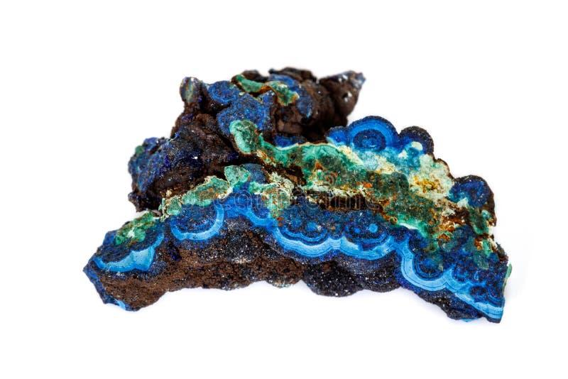 Macro malachite et azurite en pierre minérales sur le fond blanc photographie stock