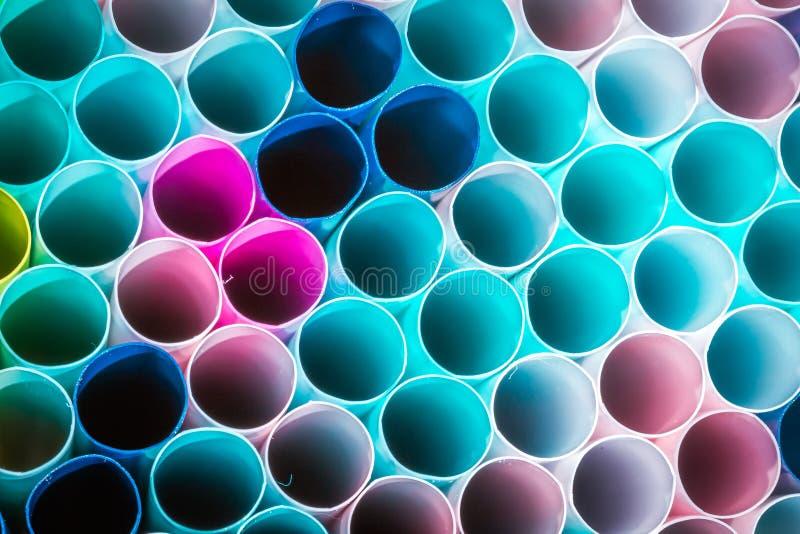 Macro photo de paille en plastique de boissons concept de la réutilisation pour conserver l'environnement photo stock