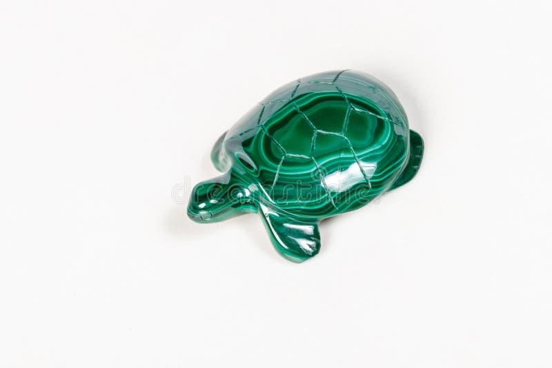 Macro tartaruga di pietra minerale da malachite fotografia stock libera da diritti