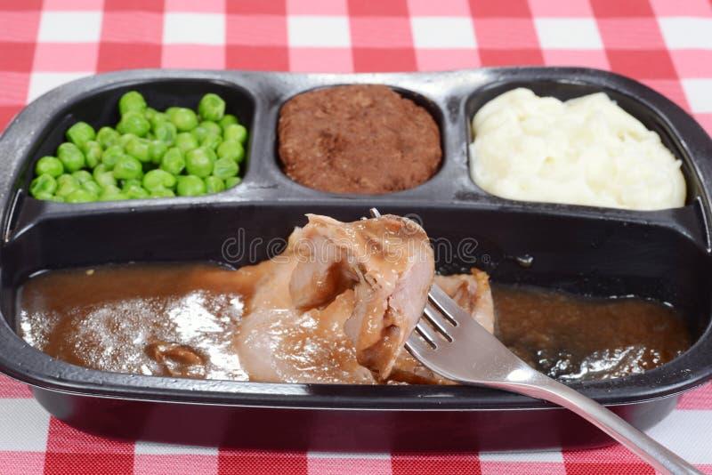 Macro TVdiner van het braadstukrundvlees op vork stock foto