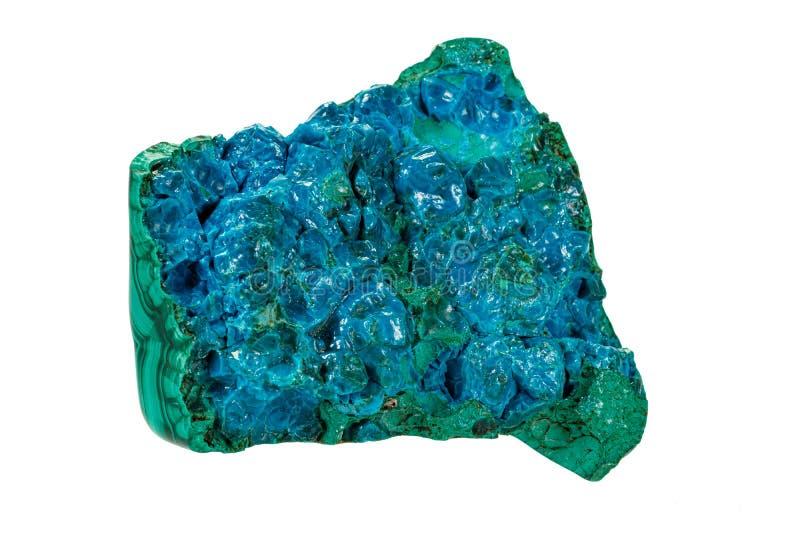 Macro van een mineraal Malachiet van steenchrysocolla op een witte achtergrond stock afbeeldingen