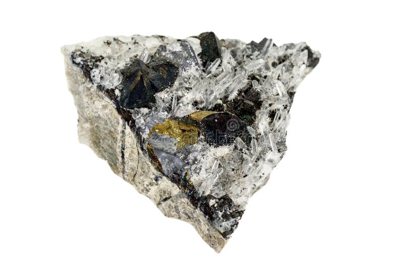 Macrosteen minerale Pyrrhotite, kwarts, Sfaleriet, kalkspaat, Loodglans op witte achtergrond royalty-vrije stock foto