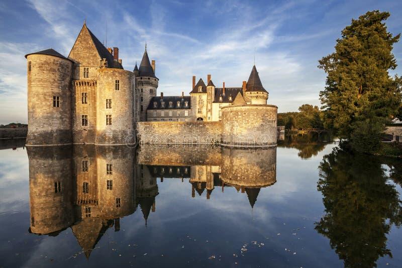 Macular-sur-loire. França. Castelo do Loire Valley. imagem de stock