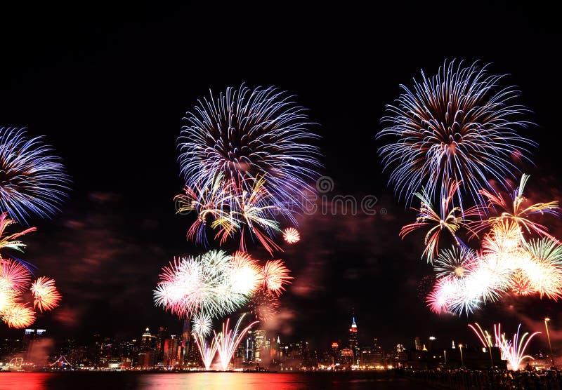 Macy ô de fogos-de-artifício de julho em NYC fotografia de stock