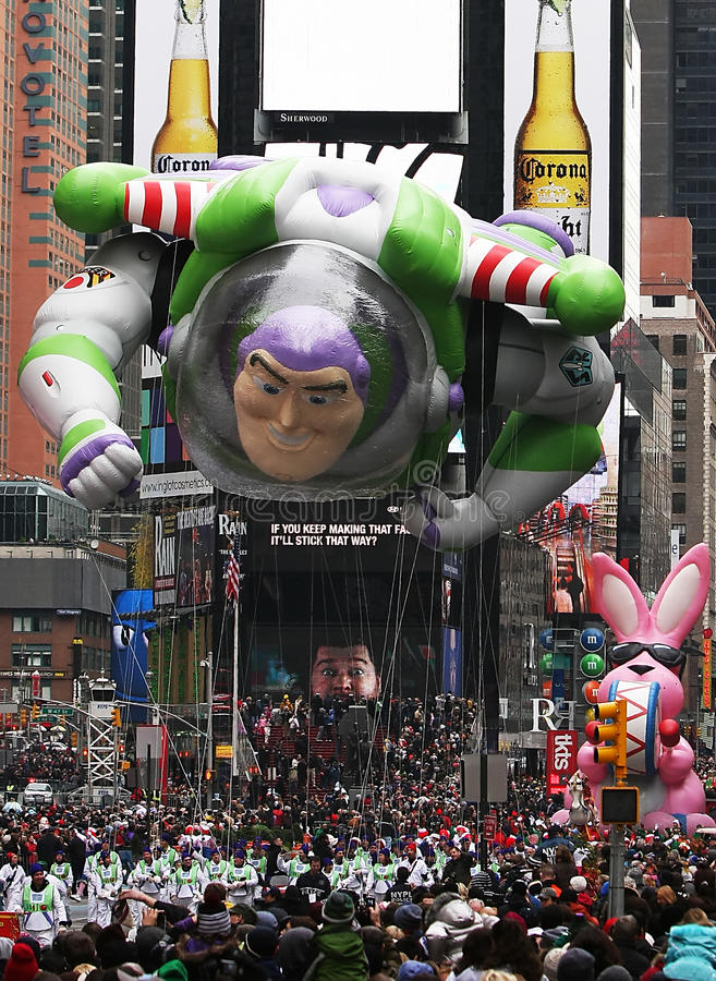 Free Macy S Thanksgiving Day Parade 2010 Stock Photo - 17174850