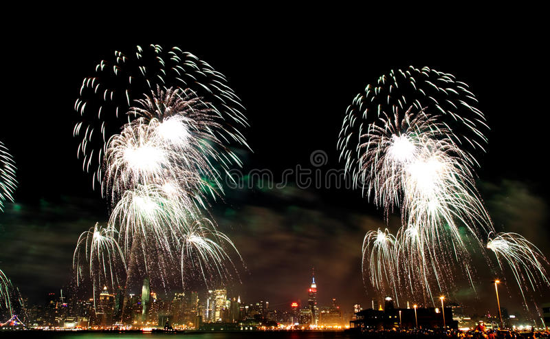 Macys 4. der Juli-Feuerwerke stockfoto
