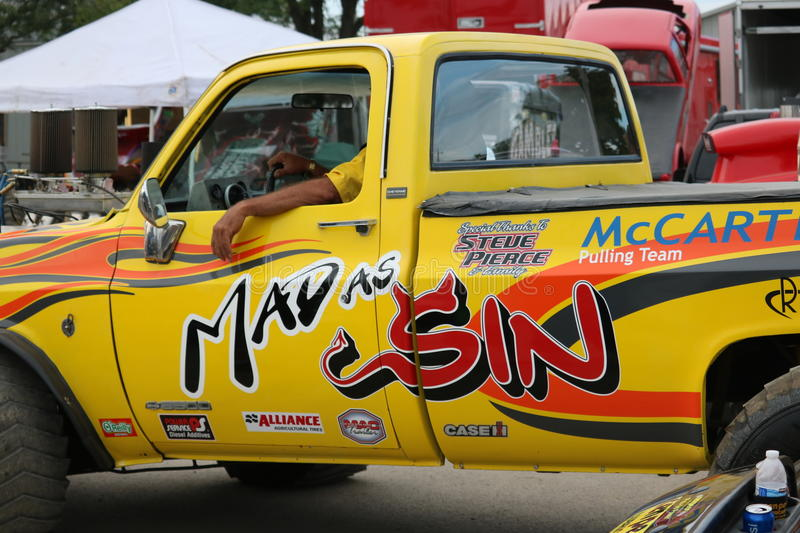 Mad as sin 4x4 pulling truck royalty free stock image