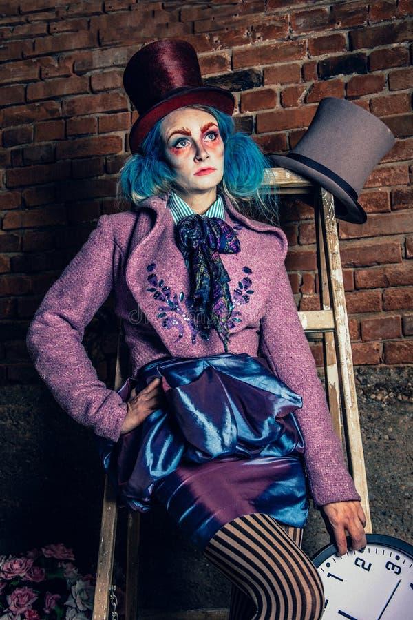 Mad Hatter Alice au pays des merveilles âge 10 11 12 13 14 costume Leg Avenue tea party