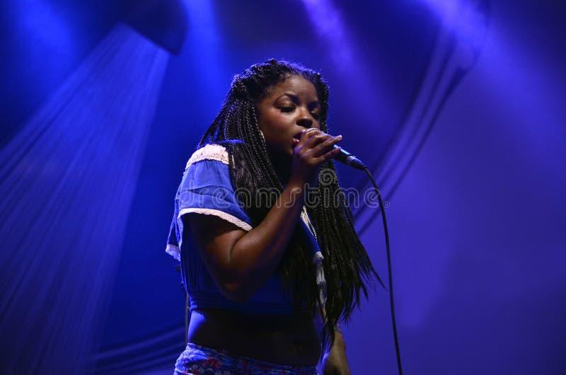 Madame au fest de jazz de Montréal images libres de droits